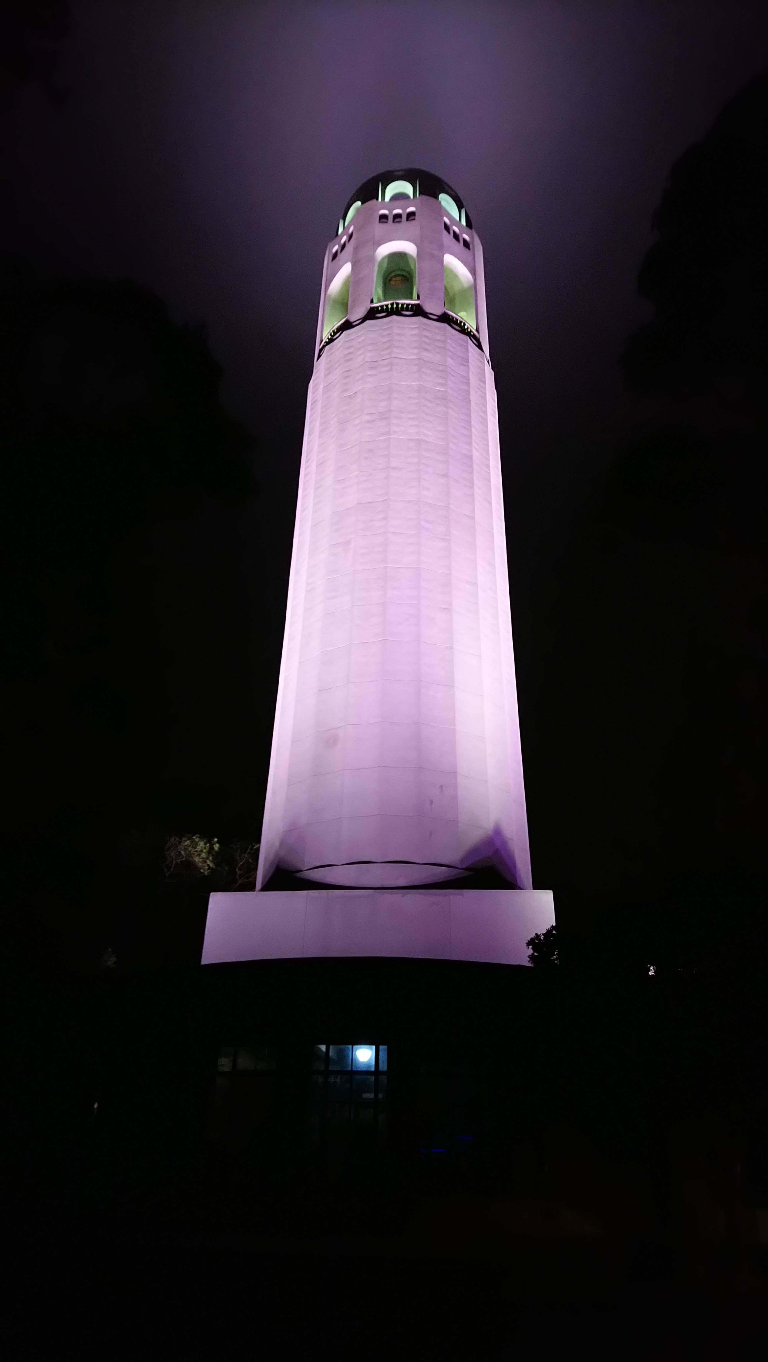 Coit Tower : doesn't look like a penis from EVERY angle