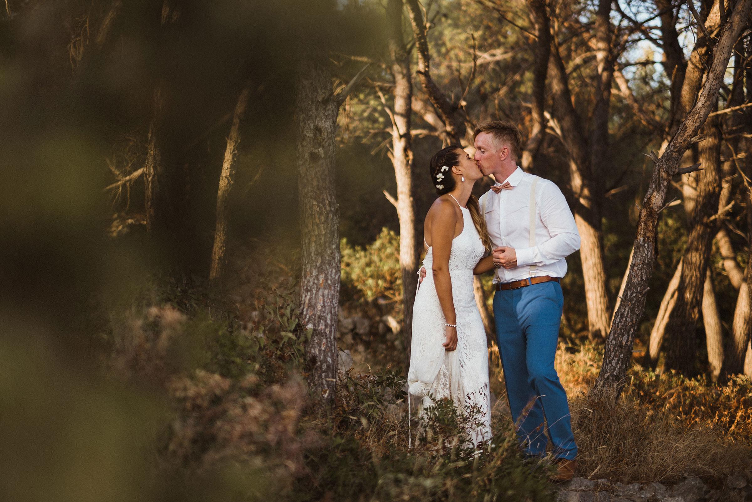 laganini beach club wedding photographer