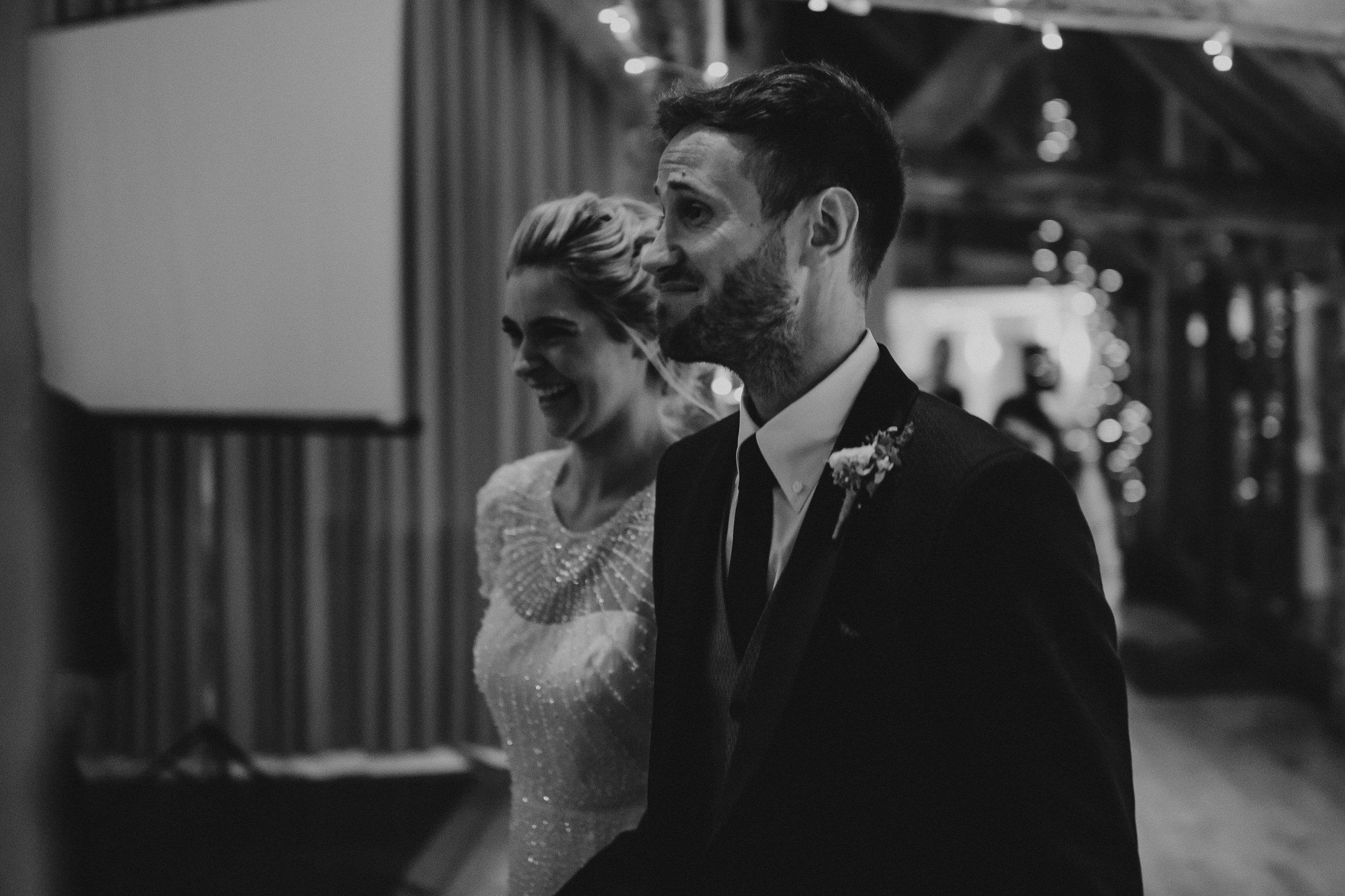 Jenny Packham dress Bury Court Barn Hampshire Wedding Photographer Gione da Silva_014.jpg