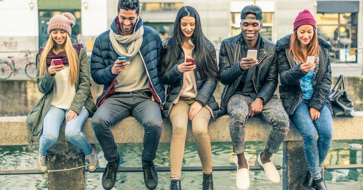 best-phone-for-teens.jpg