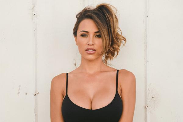 Ana-Cheri-Model.png