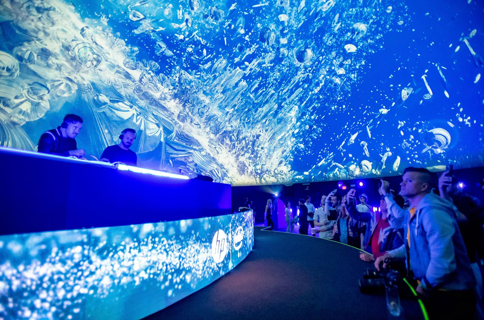 RUFUS-DU-SOLs-Underwater-coachella-2019-billboard-1548.jpg