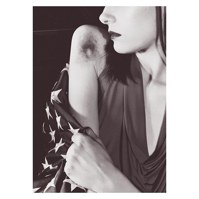 Oh take this veil from off my eyes My burning sun will someday rise. ✺∙Doin' Time∙✺ Terminal Patriot [2/3] • • • #lana #art #film #artist #photo #potd #fourthofjuly #beautifulwomen #america #americanflag #lanadelrey #lustforlife #photographer #pink #grunge #femme #car #darkart #femalepower #change #socialart #liberation