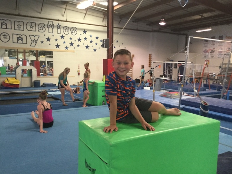Boys Only - Age 5 and up – 60 minutesStudents are introduced to all boys gymnastics apparatus. These are active and fast paced classes. Students are led through a series of conditioning, flexibility, agility, and skill building drills.