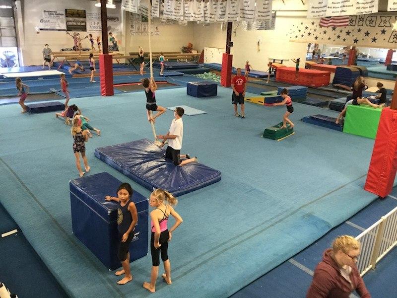 birthday-parties-gallery-galaxy-gymnastics-academy-06.jpg