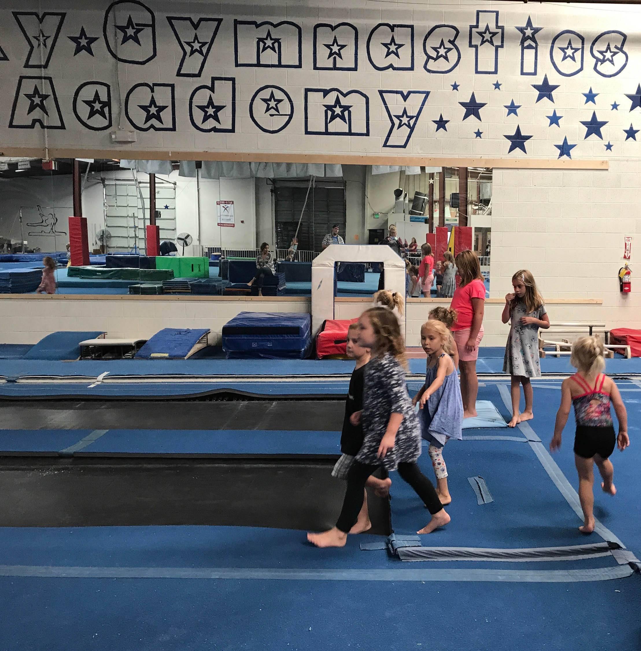 birthday-parties-gallery-galaxy-gymnastics-academy-08.jpg