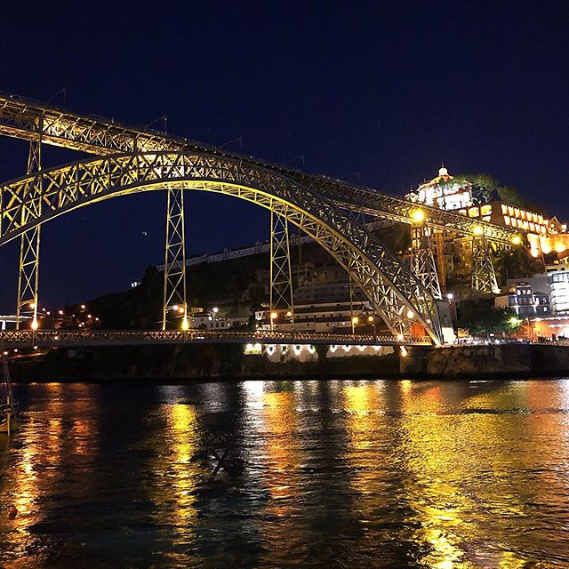 Porto at night. . . . . . #portugal #porto #bridge #river #scenery #travel #vacation #travelblogger #travelphotography #travelpicture #traveler
