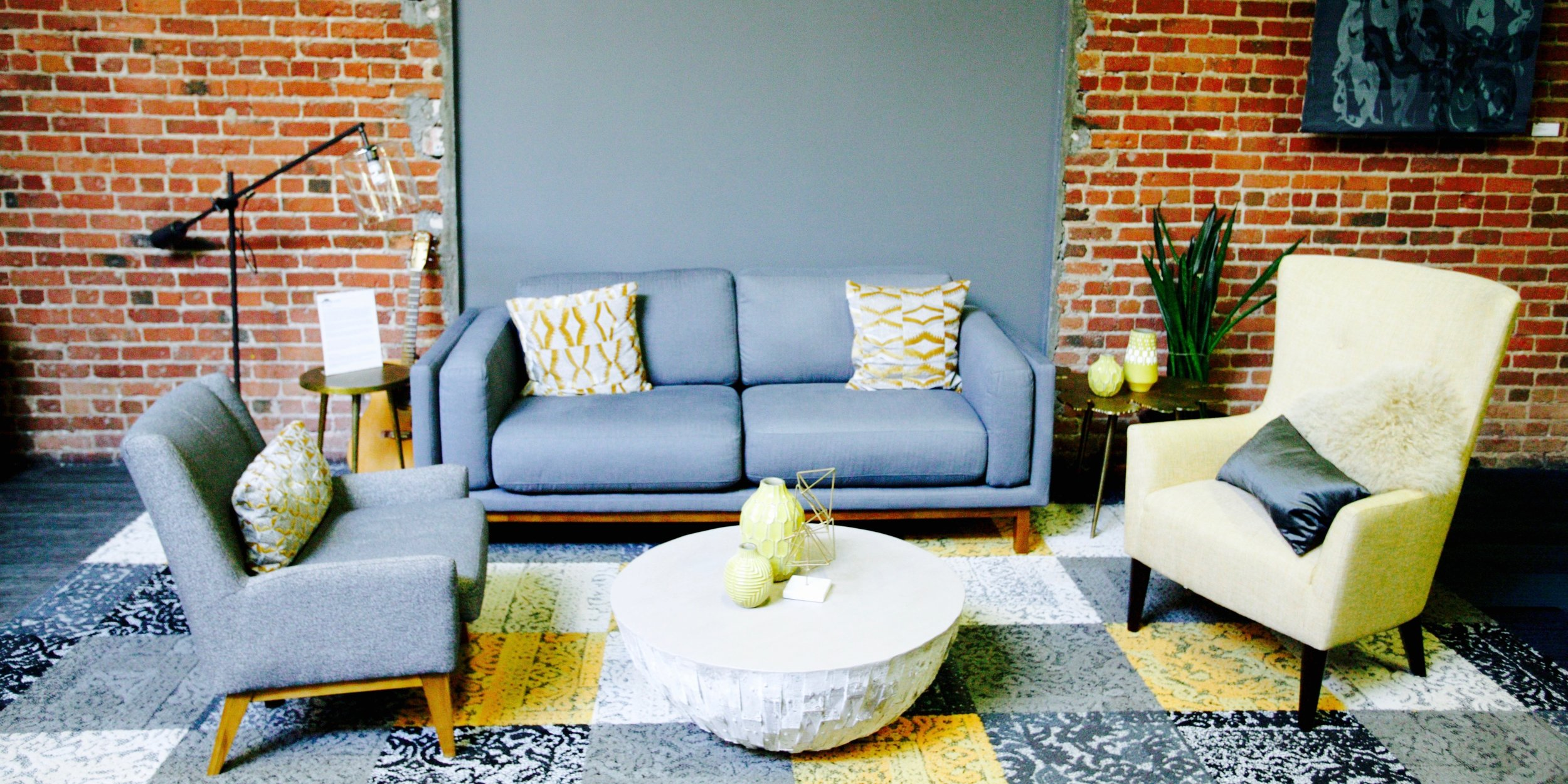 COMFY LOUNGE AREAS