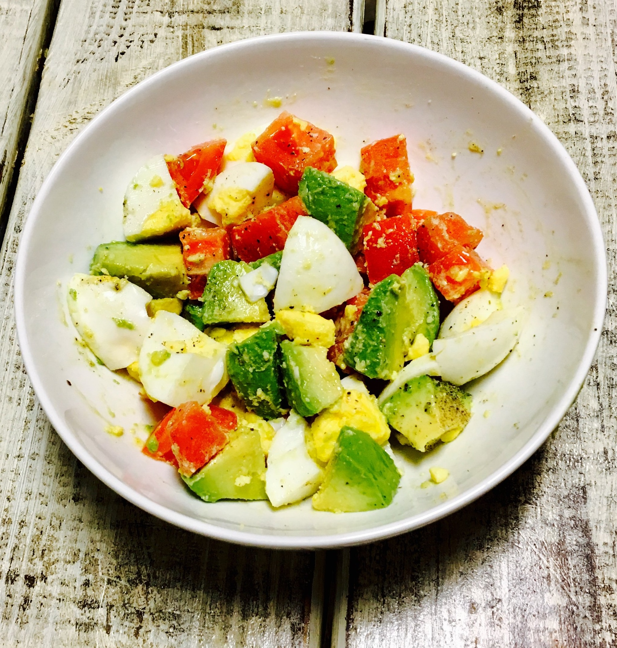 Breakfast option: 2 boiled eggs, 1/2 an avocado, 1 tomato, with a drizzle of olive oil and salt and pepper.