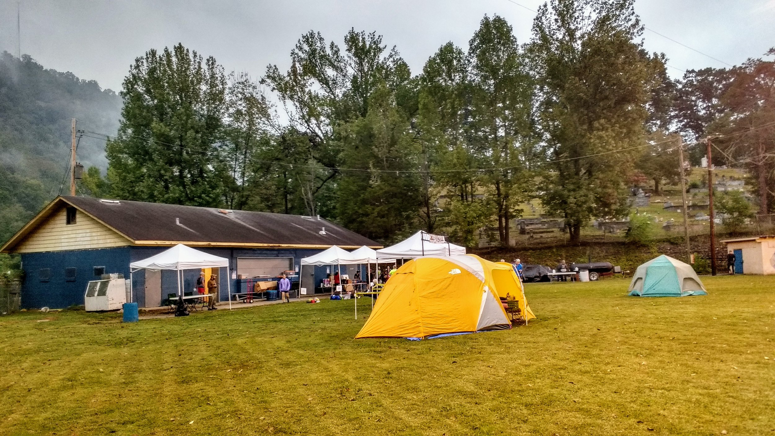Camping before the start of Cloudsplitter 100