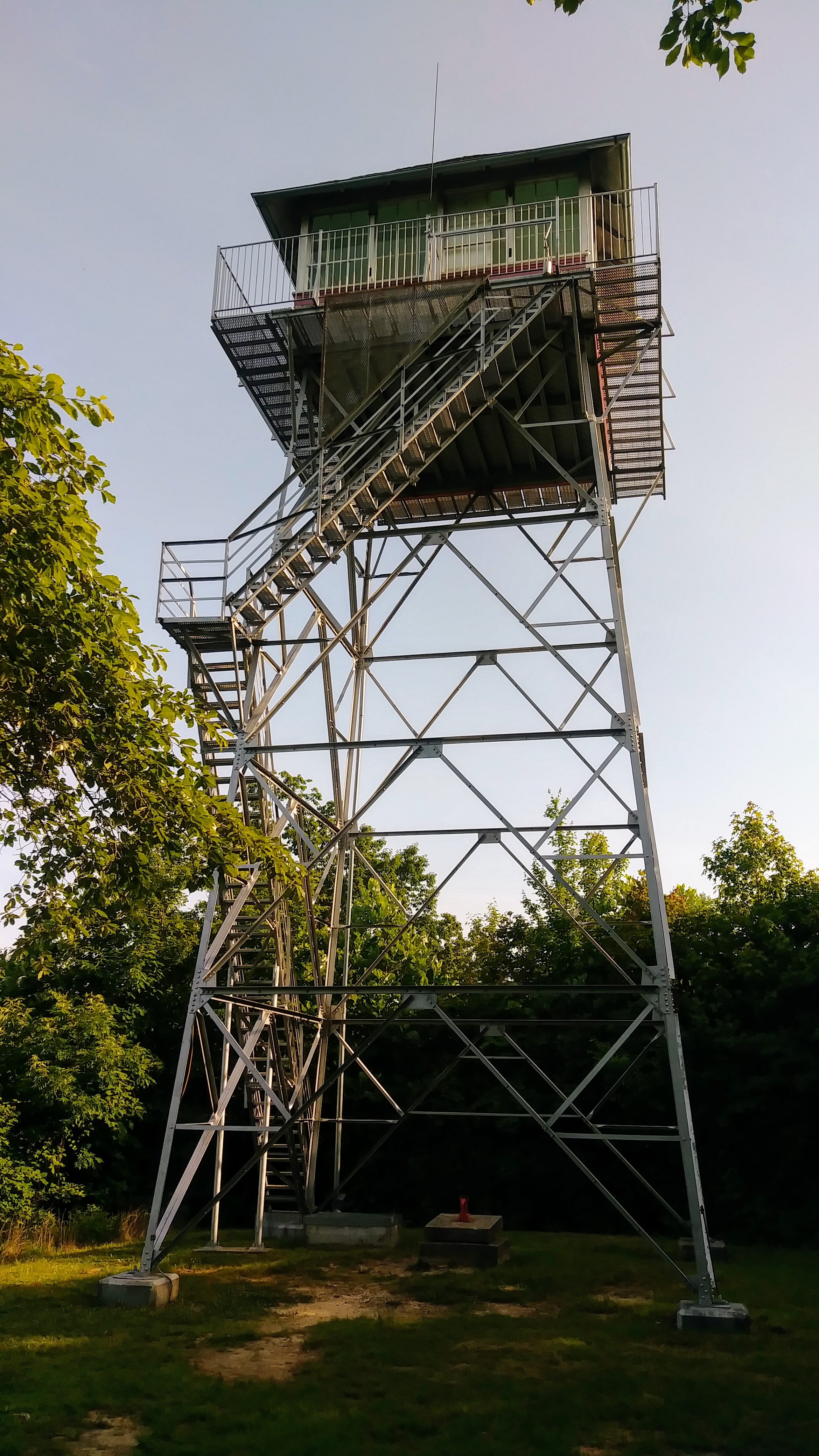 Pinnacle Knob Fire Tower at Cumberland Falls State Park
