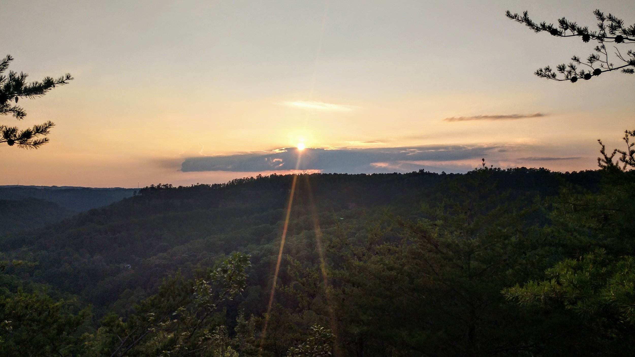 Off the Beaten Path for Sunset - To kickoff the weekend, here's a great little hike to a lightly traveled spot for sunset. It's a gorgeous view with a good chance at solitude to boot!