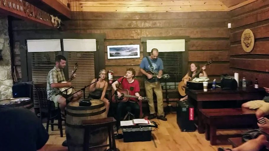 Sky Bridge Station - After a full day of adventure, it's time to unwind at Sky Bridge Station where you can catch live music every Saturday night along with some of Kentucky's finest bourbons and beers.