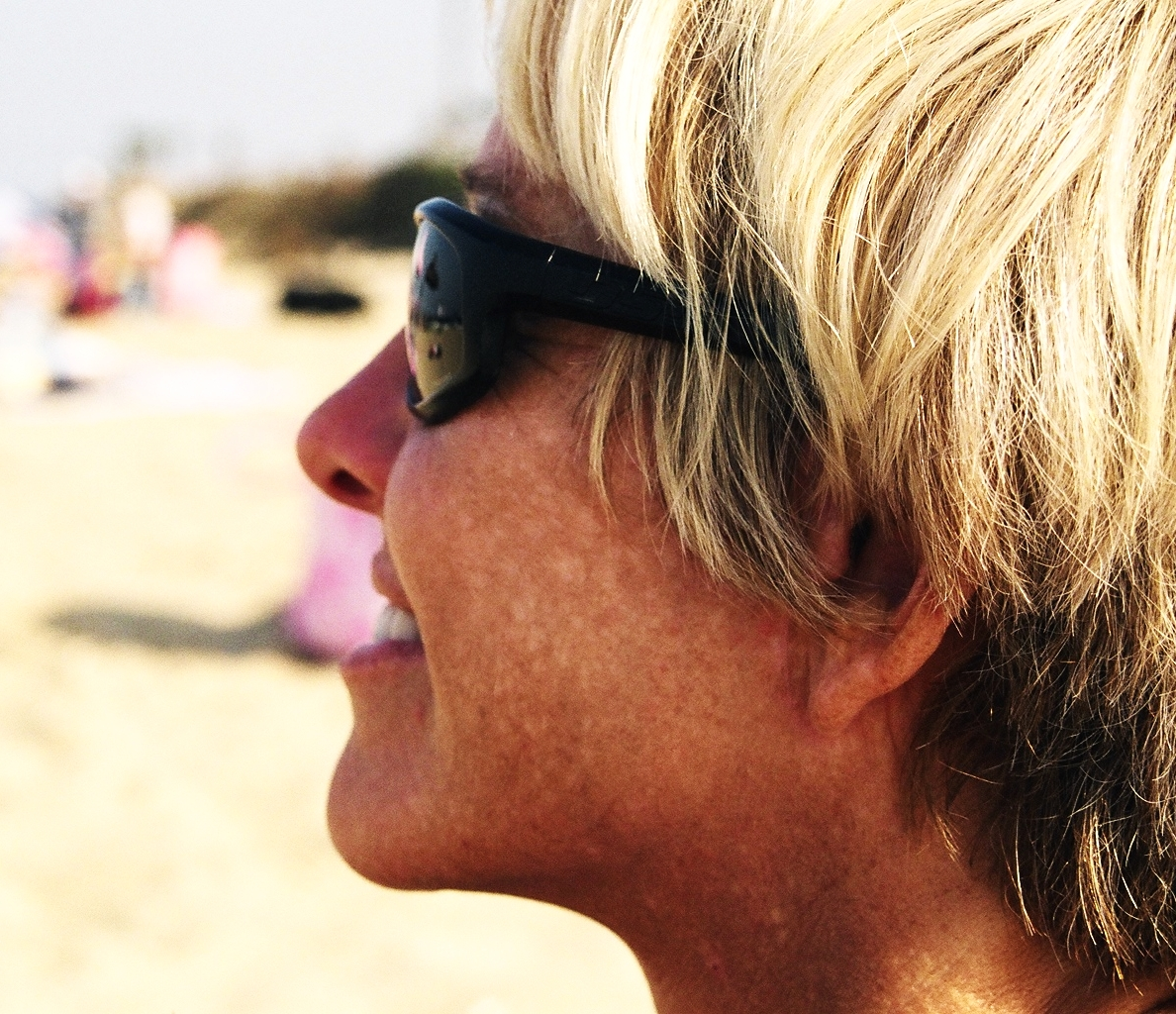 """MY SUN-DAMAGED SKIN IN MY 30S AND 40'S ACTUALLY GOT """"WORST"""" WITH DERMATOLOGIST TREATMENTS AND FANCY, EXPENSIVE LOTIONS THAT I WASTED MY MONEY ON."""