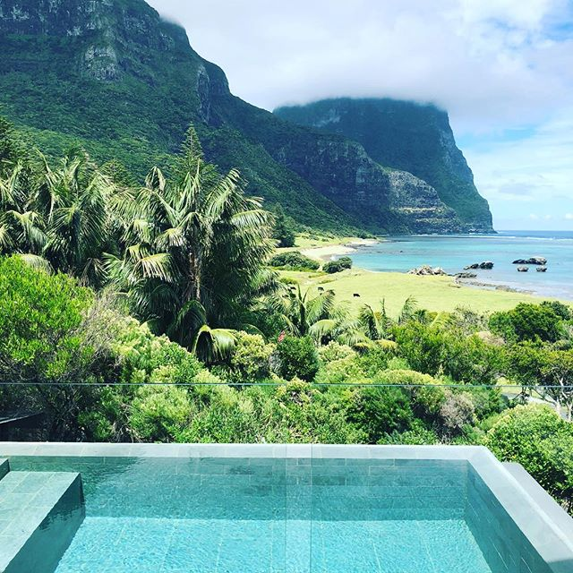Wouldn't mind a dip right about now...! The beautiful view from @capellalodge @lordhoweislandtourism