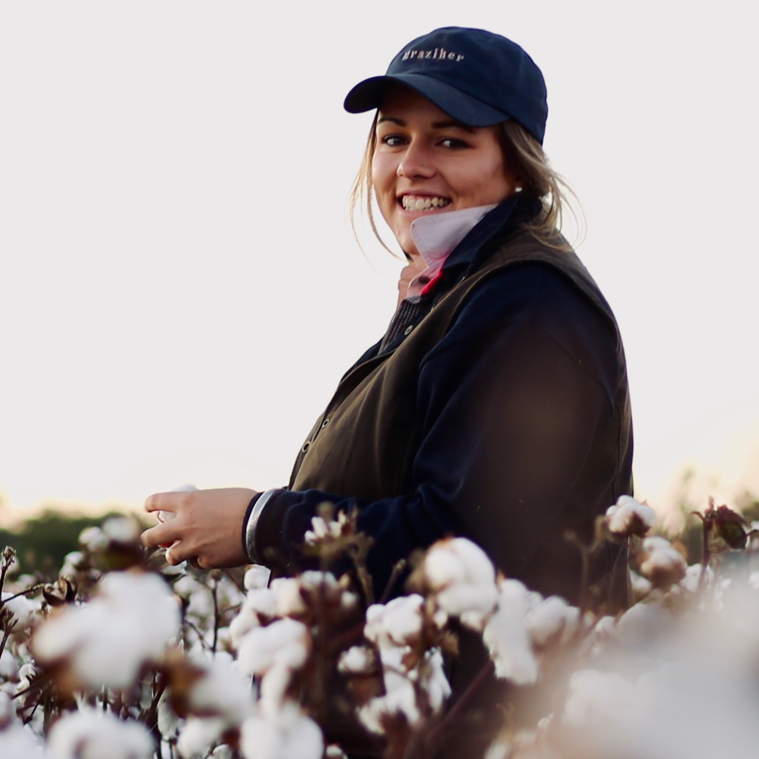 EMMA CROSS   PHOTOGRAPHER & PRODUCTION MANAGER  I'm an audio-visual production manager in Victoria. When I'm not managing events, I'm on the road travelling far and wide to capture in photographs my love for the land and the people who live there.   Instagram