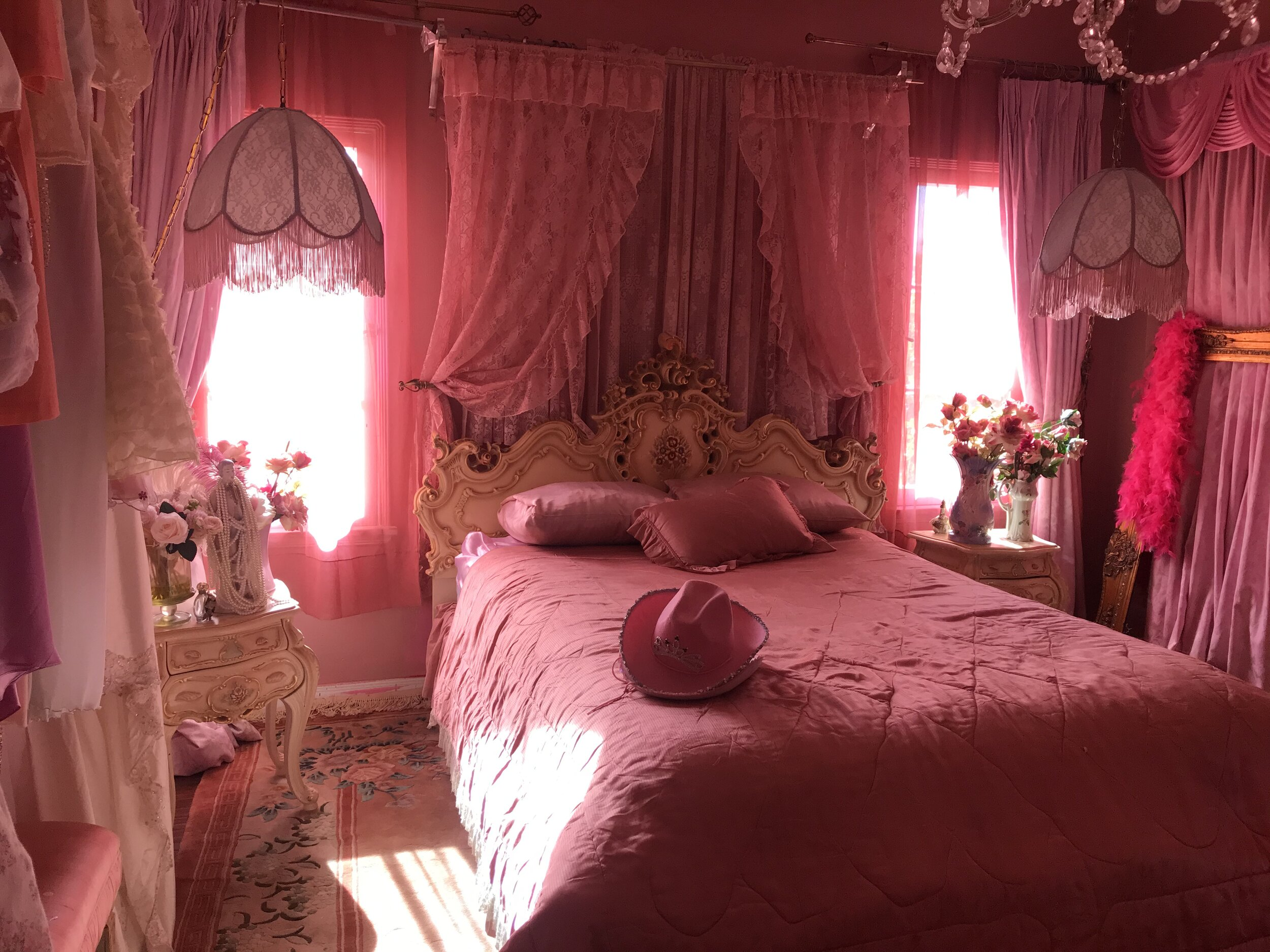 Rooms Ragdoll Pink Palace