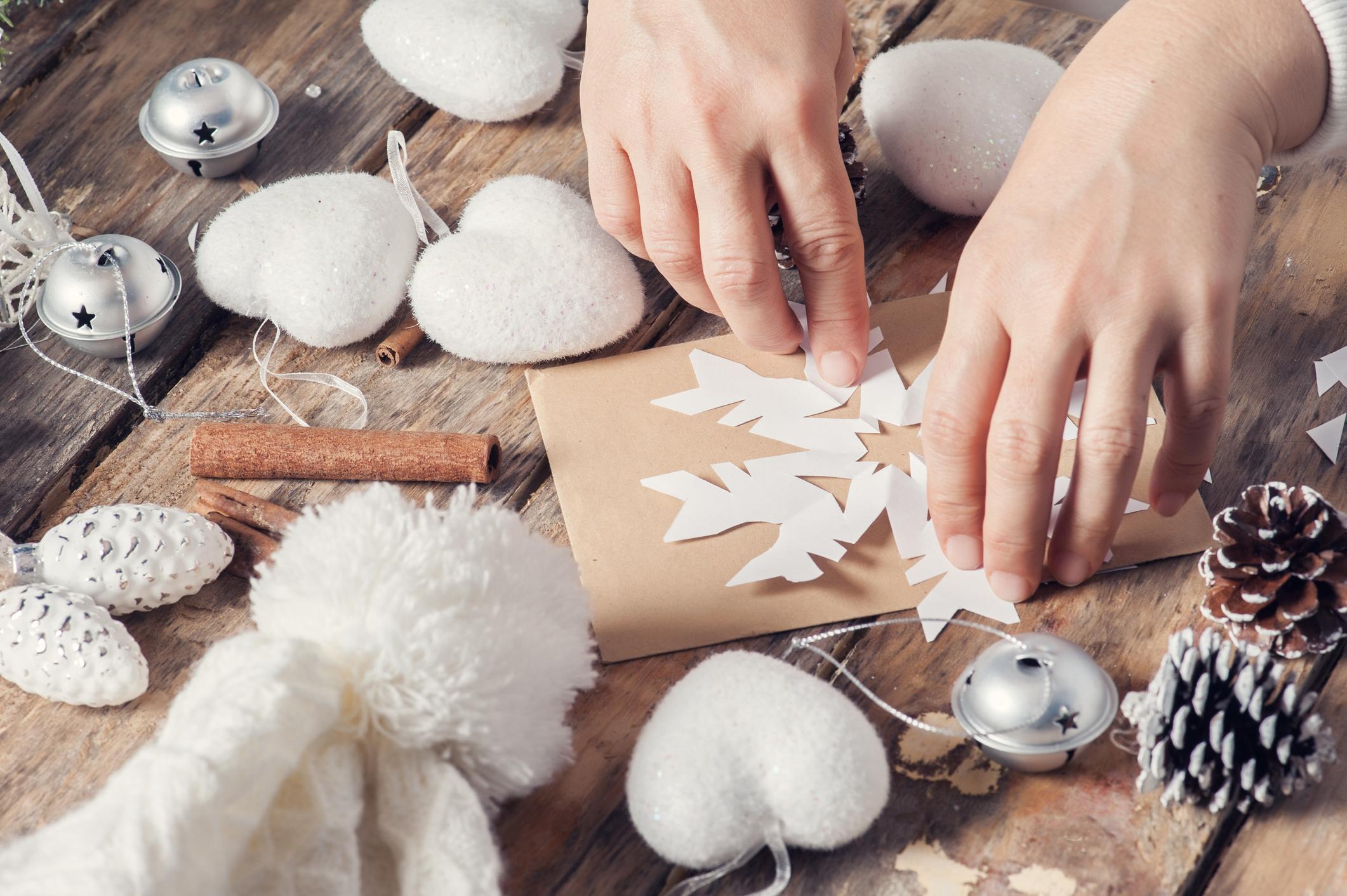 holiday-crafts.jpg