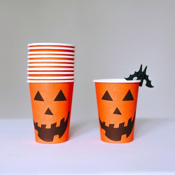 halloween-part-paper-plate-pumpkin-cups_grande.jpg