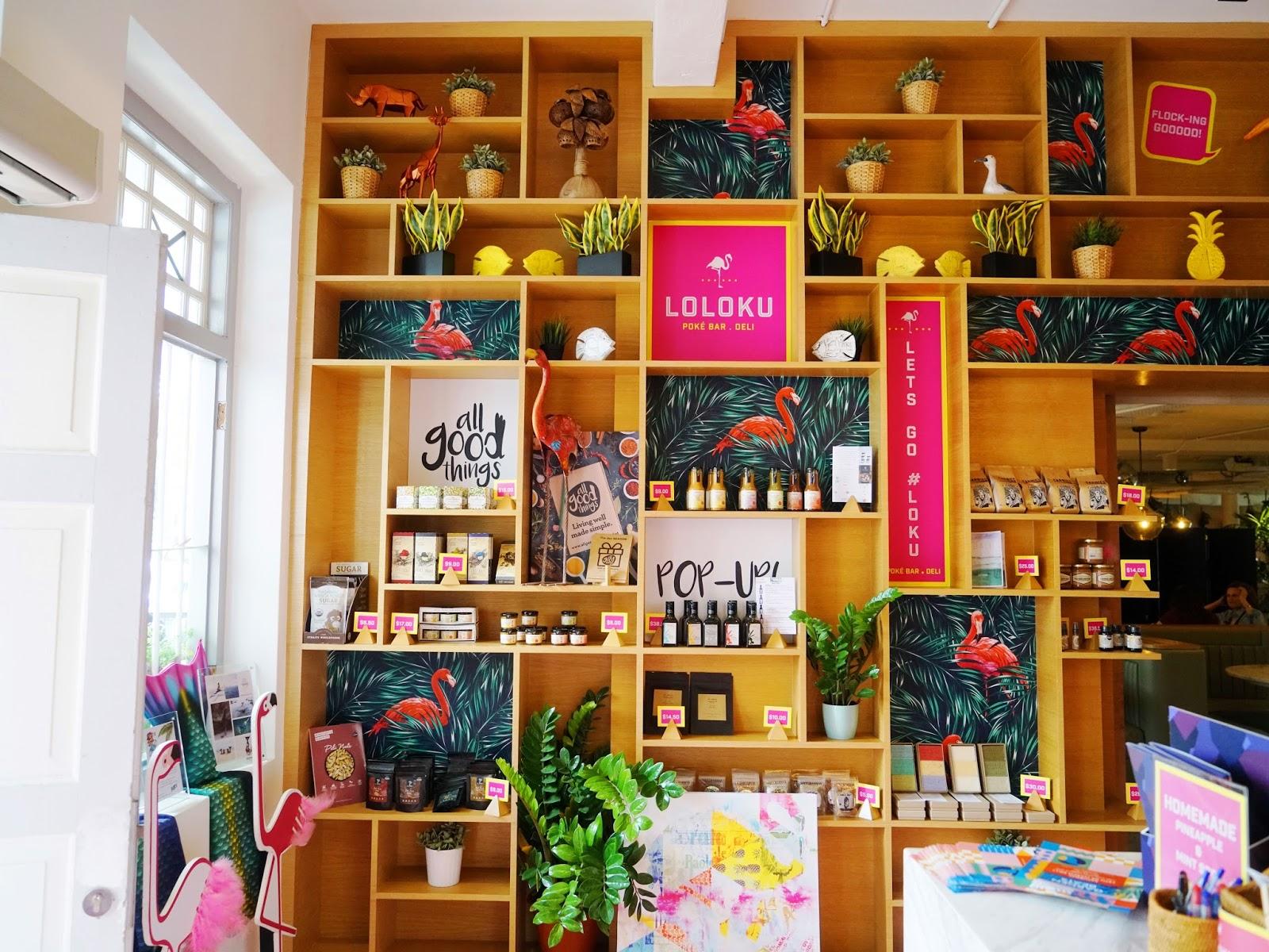 Loloku Shelves.JPG
