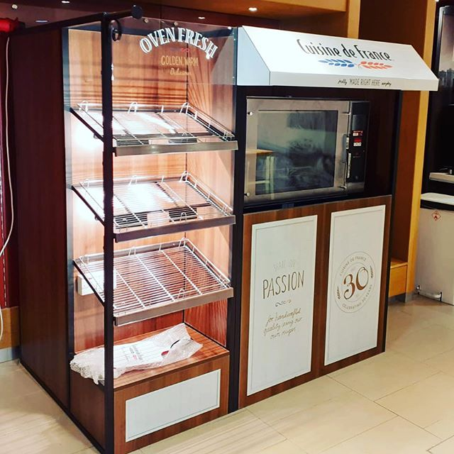 Fresh out the oven | Built by Allied  #shopdisplays #bakery #design #manufacture #install #shopfitting #shopfittingireland #alliedretail
