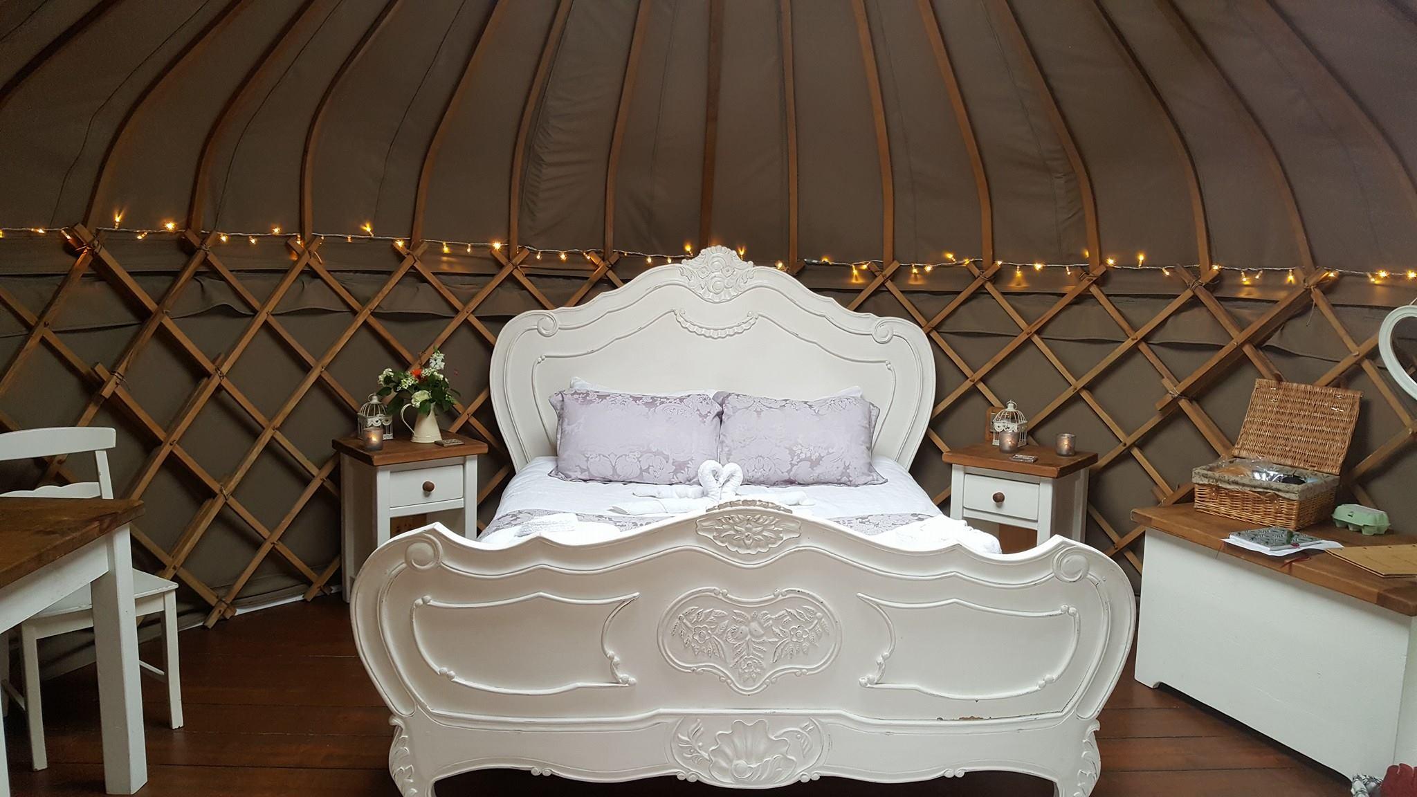 luxury camping Derbyshire