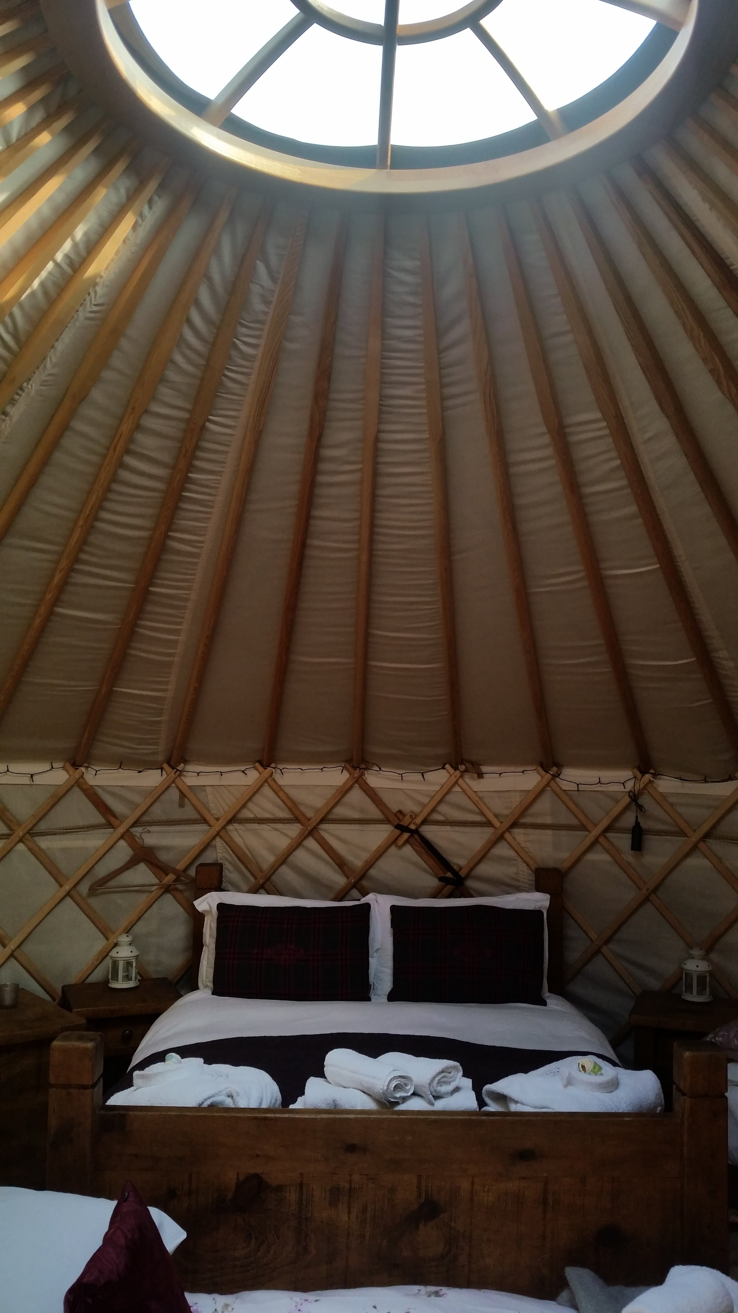 yurt accommodation Derbyshire
