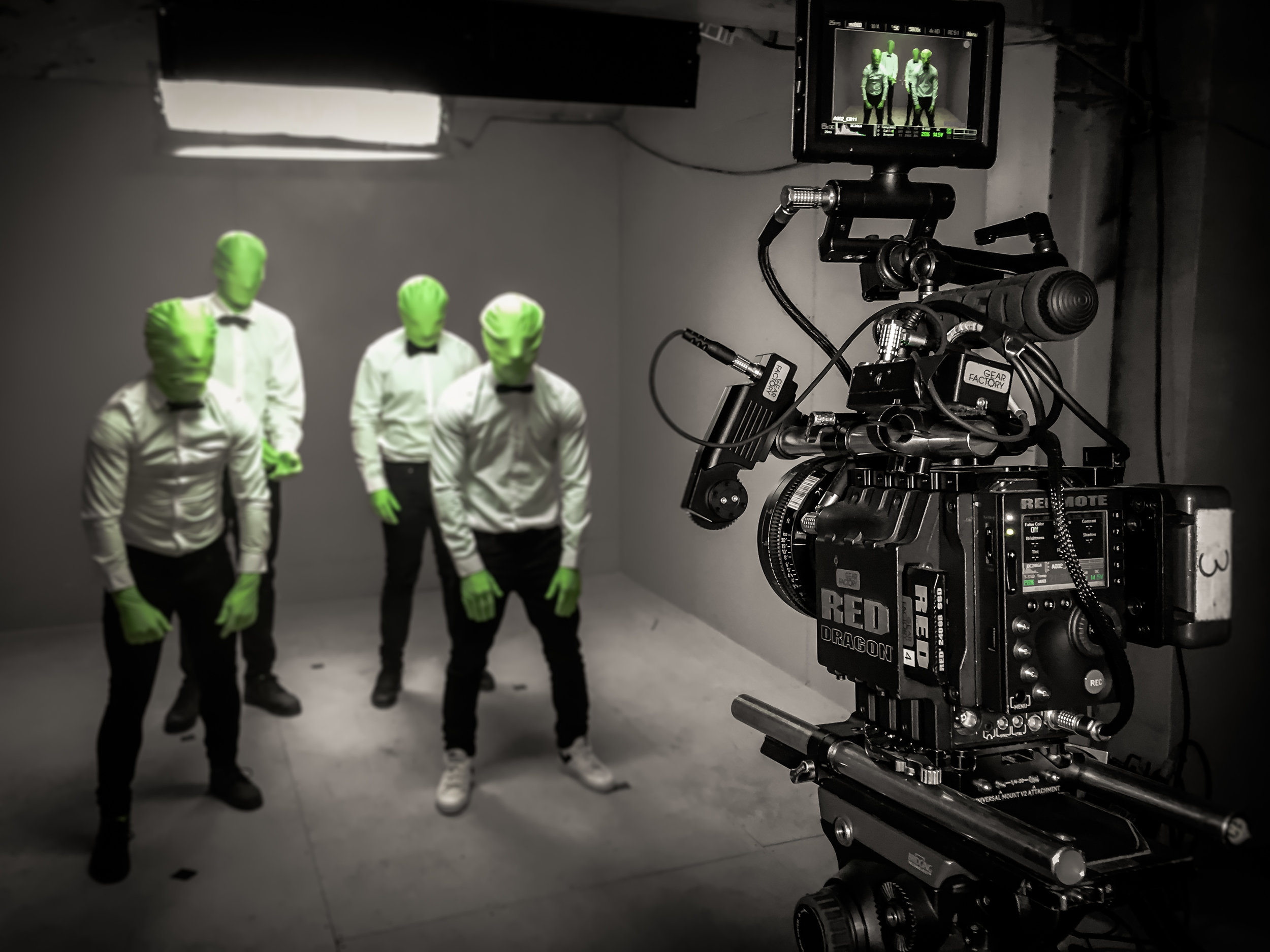 FILM PRODUCTION CANNES N&B_HD.jpg
