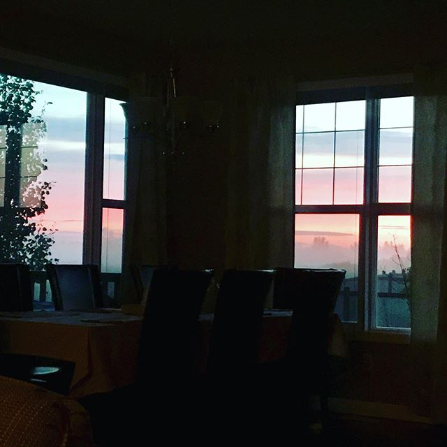 Do you have a morning routine to kickstart each day? Mine always begins with a coffee and devotions before hitting the gym. This time of year brings peaceful sunrises through our corner windows. We'd love to know: What's your ideal morning routine? What encouragement would you share with others to help them get started? #empowerways  #loveleadus #healthcoach #lifecoach #liveyourbest #faith #faithblogger #nutrition #nutritioncoach  #holisticnutrition #yegnutrition #yegblogger