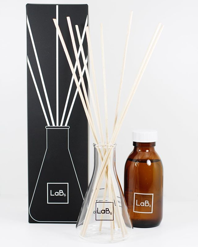 Our reed room diffusers are ready. We will be bringing these to the next @glasgowmarkets. They will be heading to the website soon and available in all our signature fragrances. #reeddiffuser #homefragrance #new #product #finallyhere #scienceflask #inspiredbynature