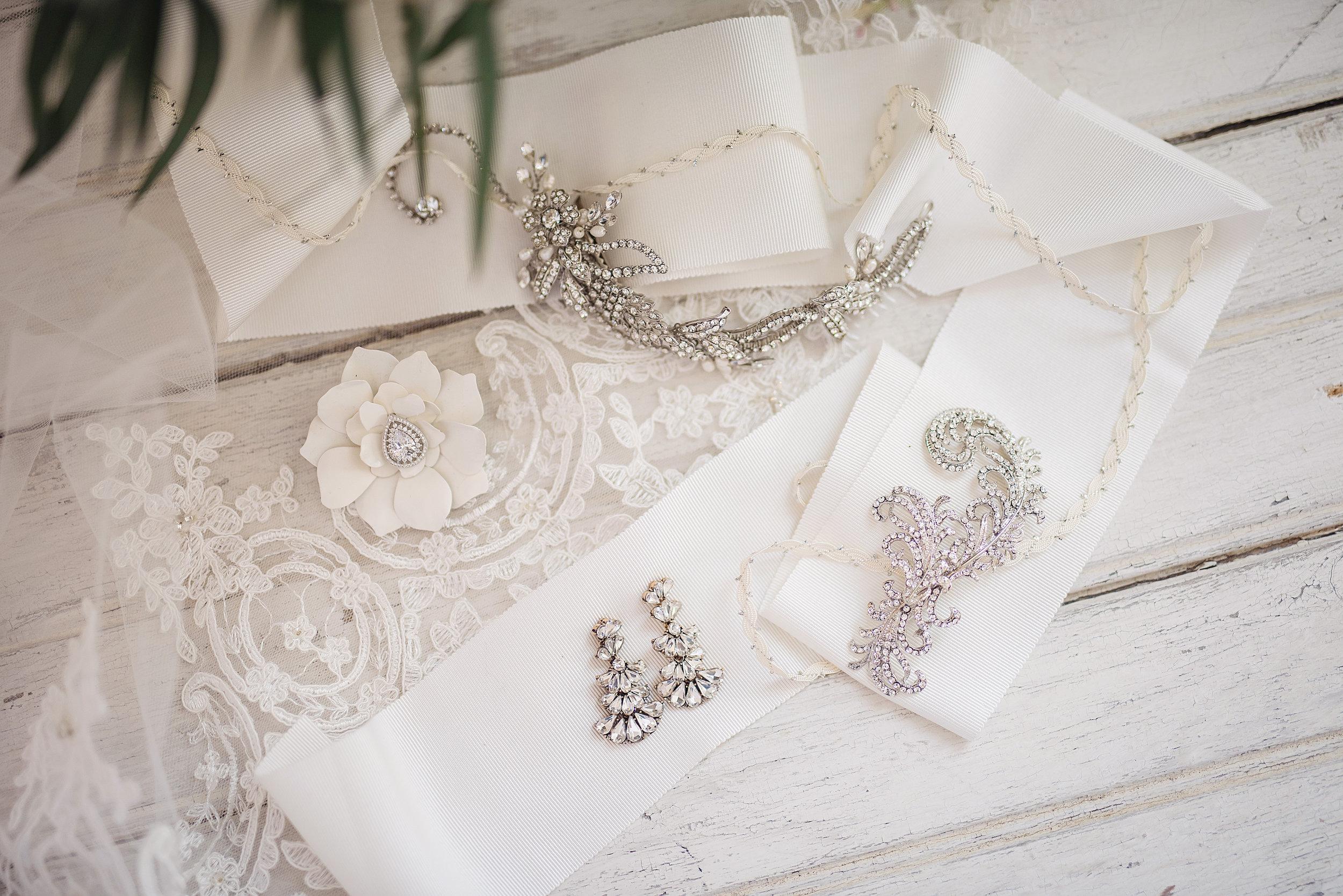 Silver accessories 1.jpg