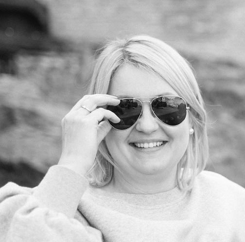 MASHA PETROVICHEVA - CLIENT SERVICEpetrovicheva@sw-production.tv