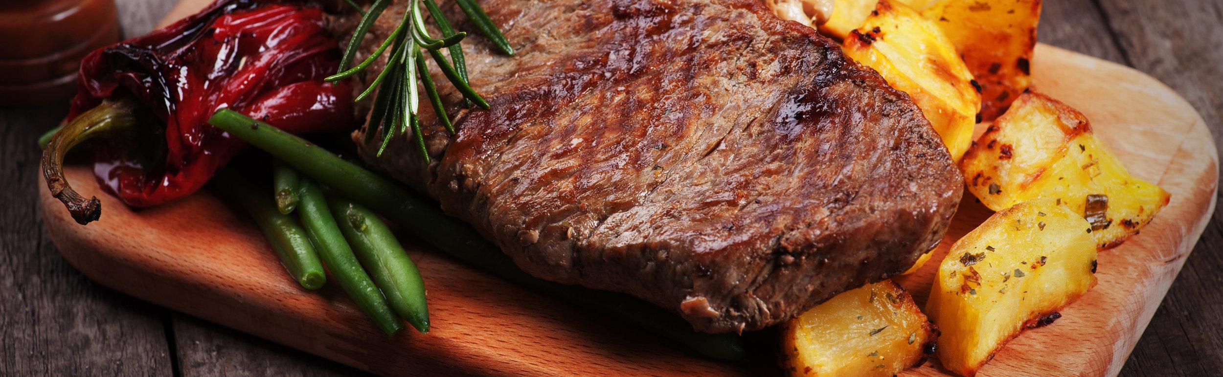 Kiwis SPECIAL - Steak Night Jeden Montag Rib Eye (NZ) 250g mit Beilage und Sauce für 18,50€