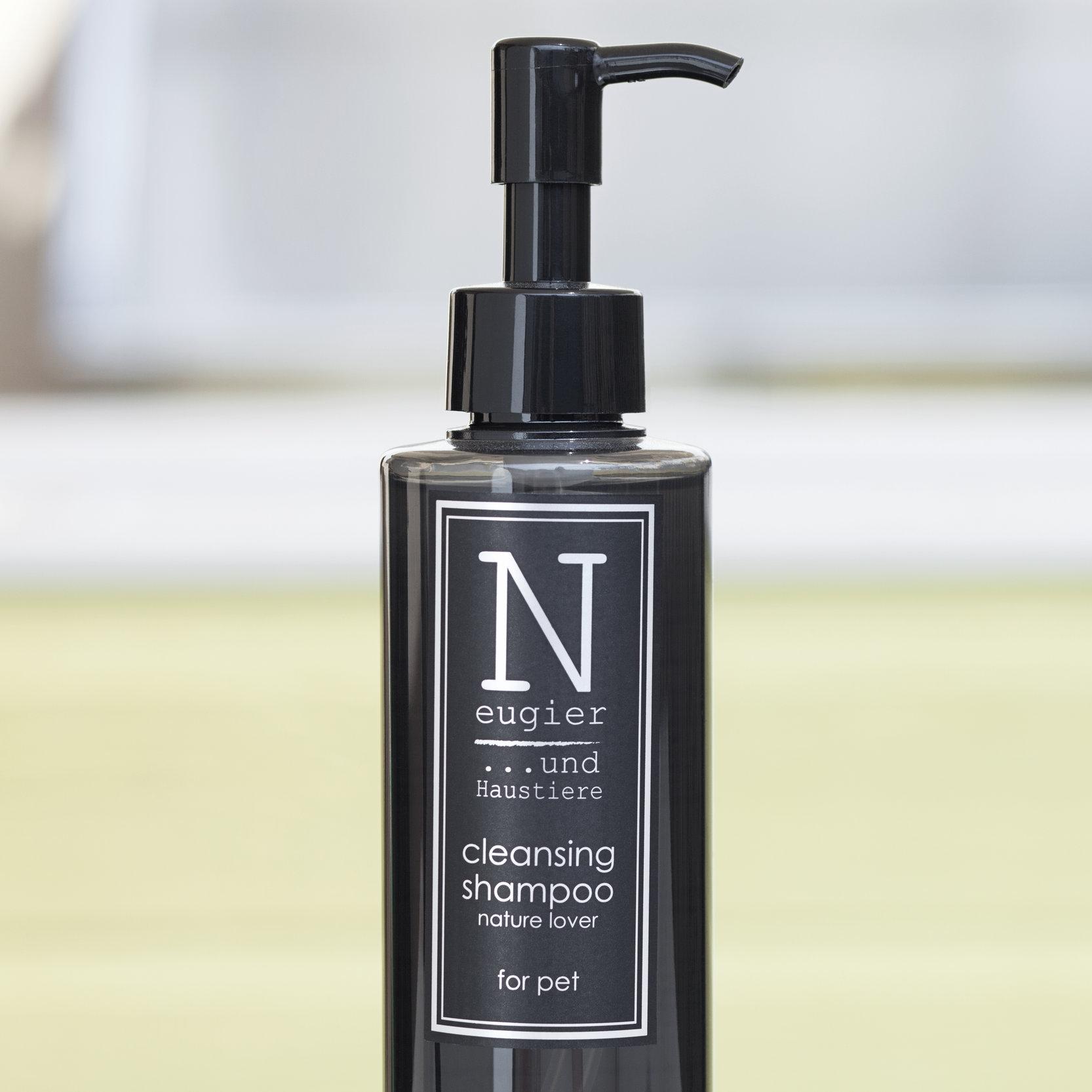 Neugier Cleansing Shampoo