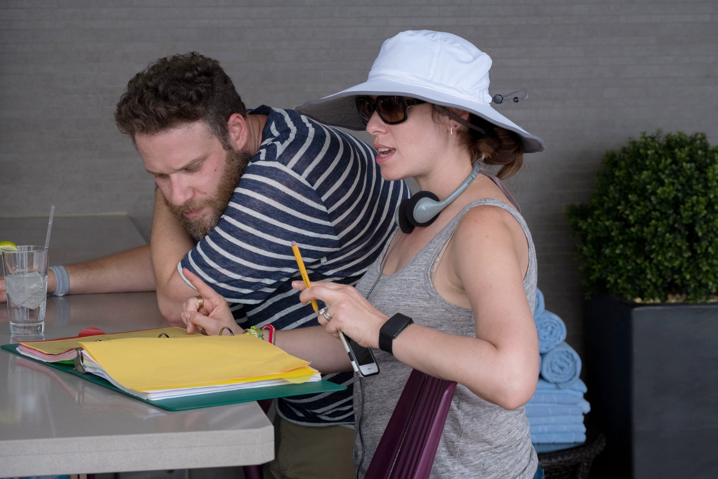 """Like Father"" - Seth Rogen & Director Lauren Miller Rogen - Netflix"