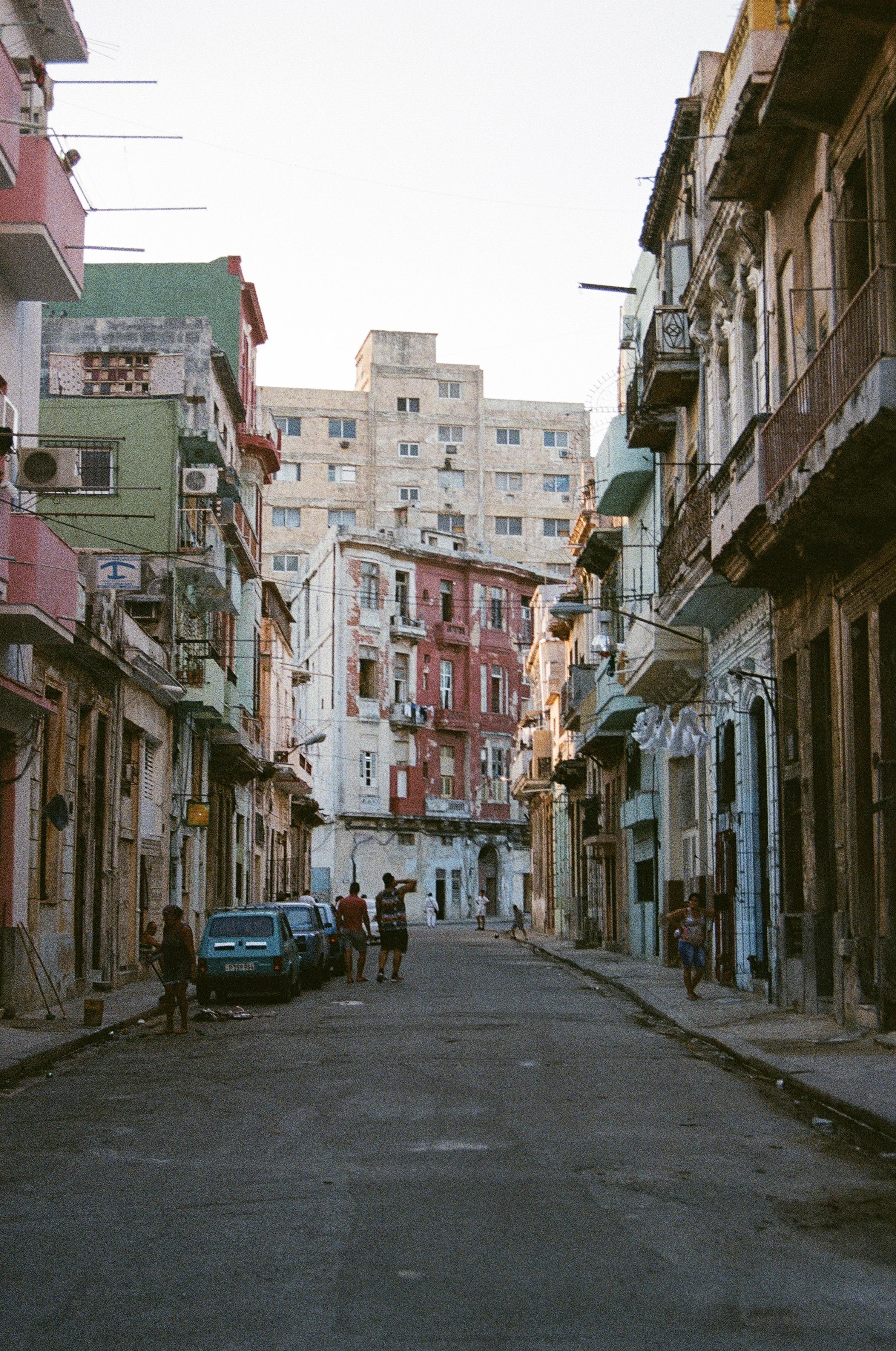 Colores De La Habana