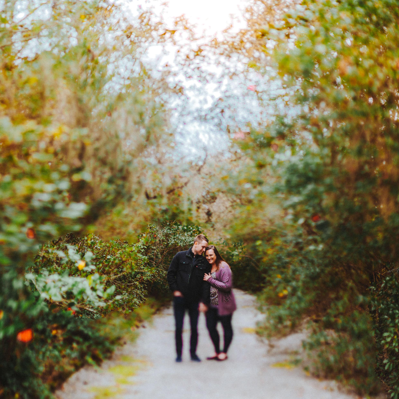 charleston engagement session, zack and ashley, bryden giving photographer, destination wedding, south carolina, portrait, twin cities photographer