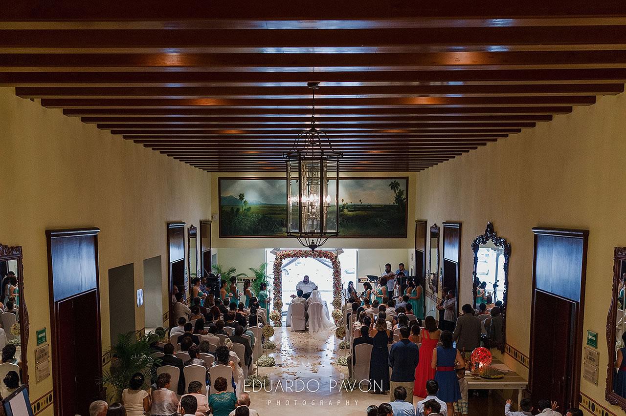 wedding-andrea-christian-fiesta-americana-veracruz-13.jpg