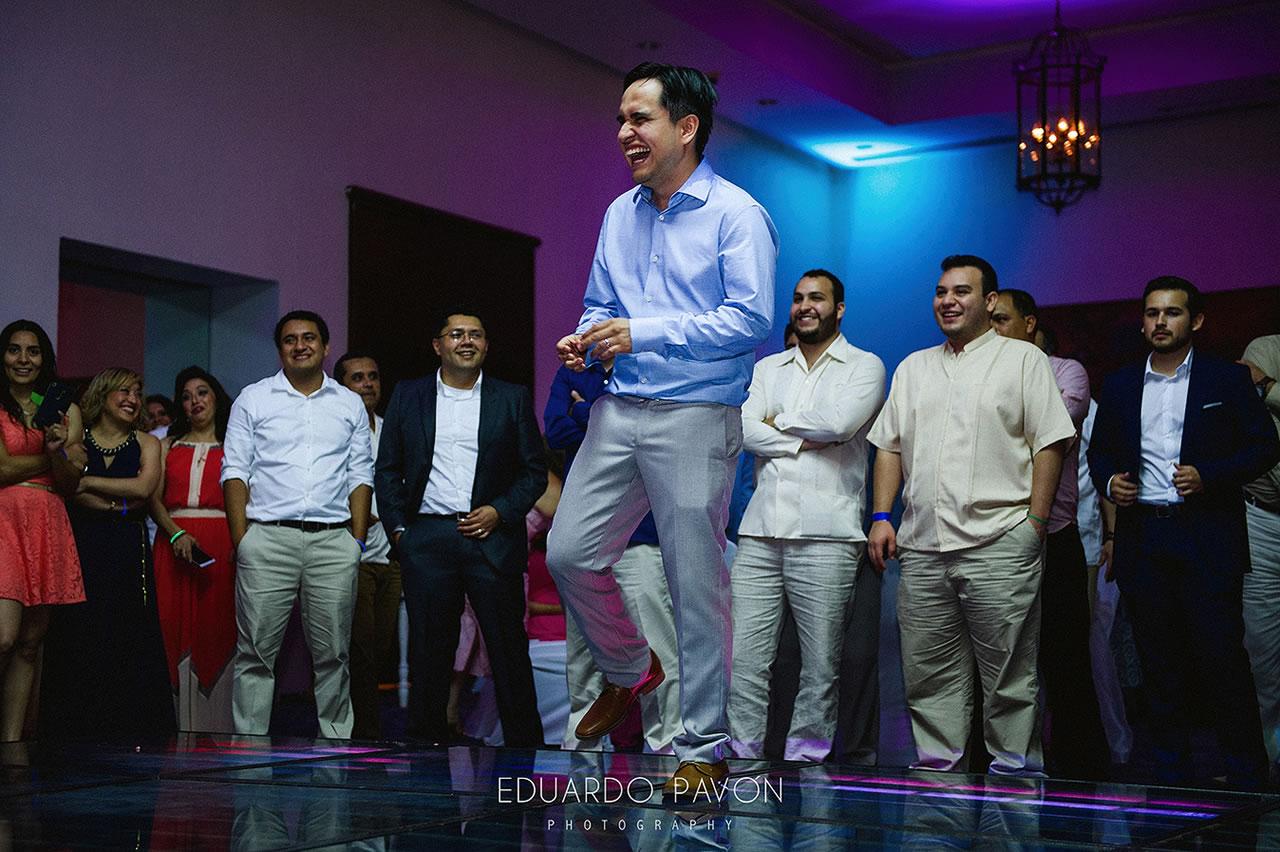wedding-andrea-christian-fiesta-americana-veracruz-29.jpg