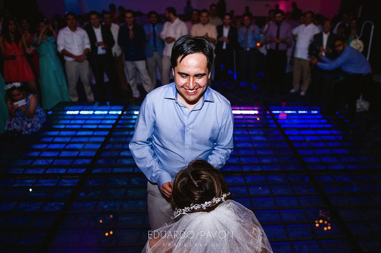 wedding-andrea-christian-fiesta-americana-veracruz-30.jpg