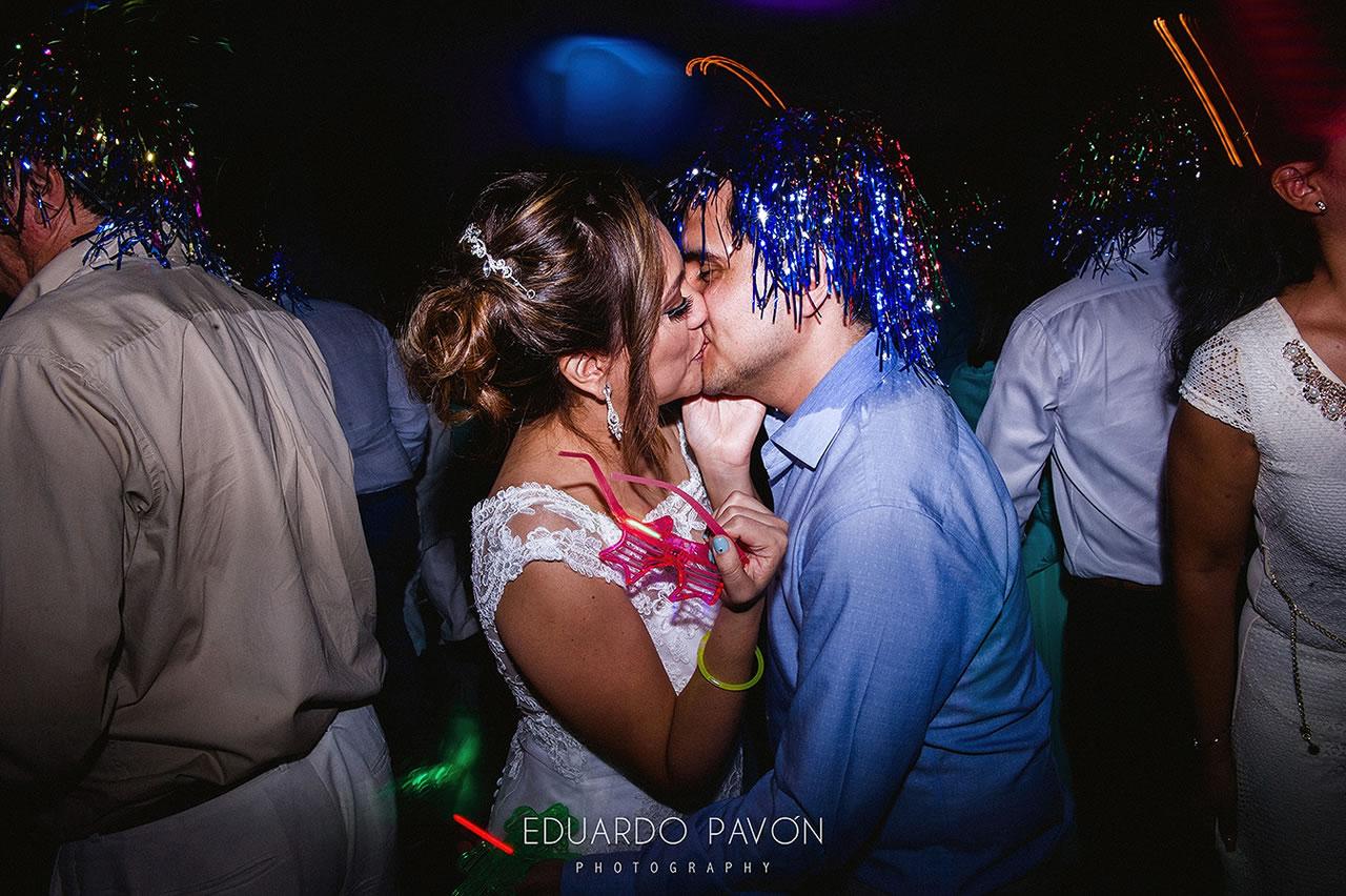 wedding-andrea-christian-fiesta-americana-veracruz-37.jpg