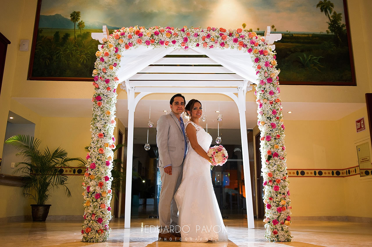 wedding-andrea-christian-fiesta-americana-veracruz-40.jpg