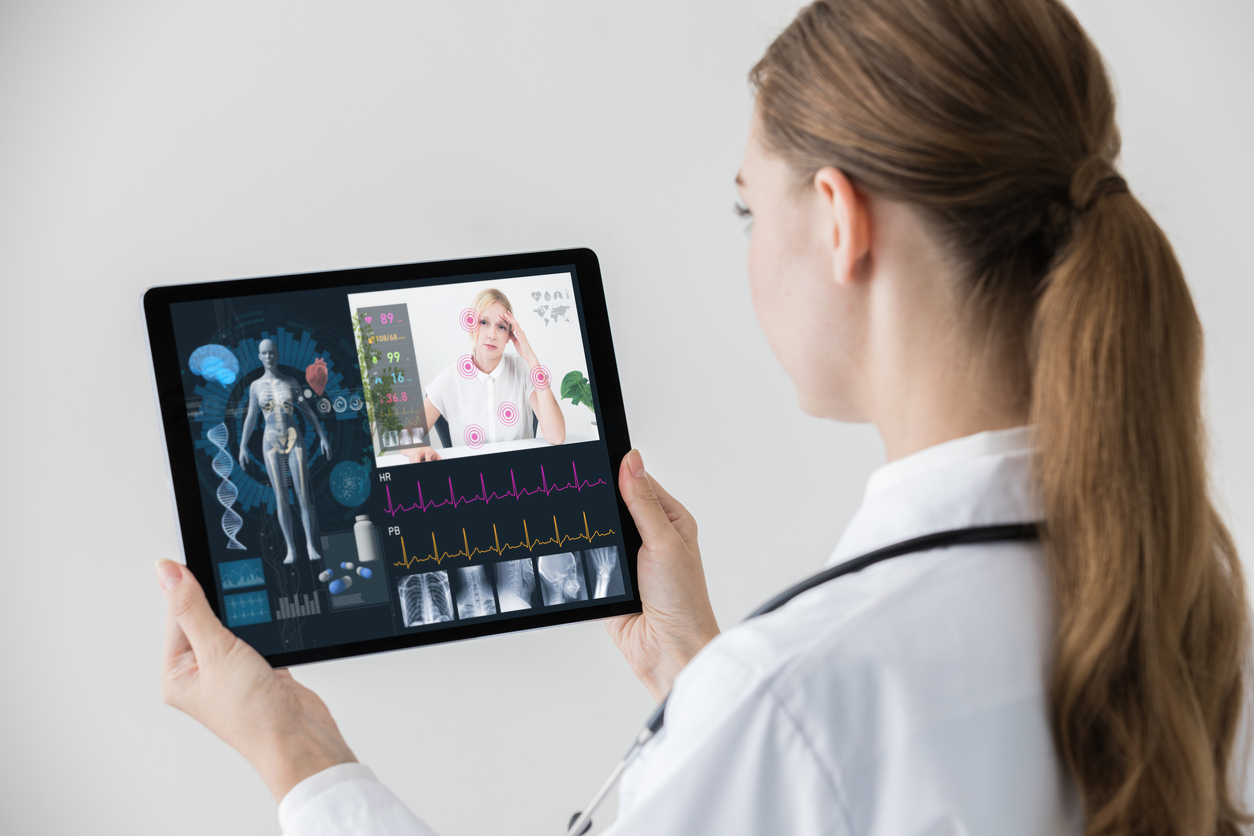 Patient-centered medical practice that brings a new level of access, convenience, and personalization to seniors & families for better healthcare management. Our on-site and virtual approach closes care gaps and delivers a higher level of healthcare service. -