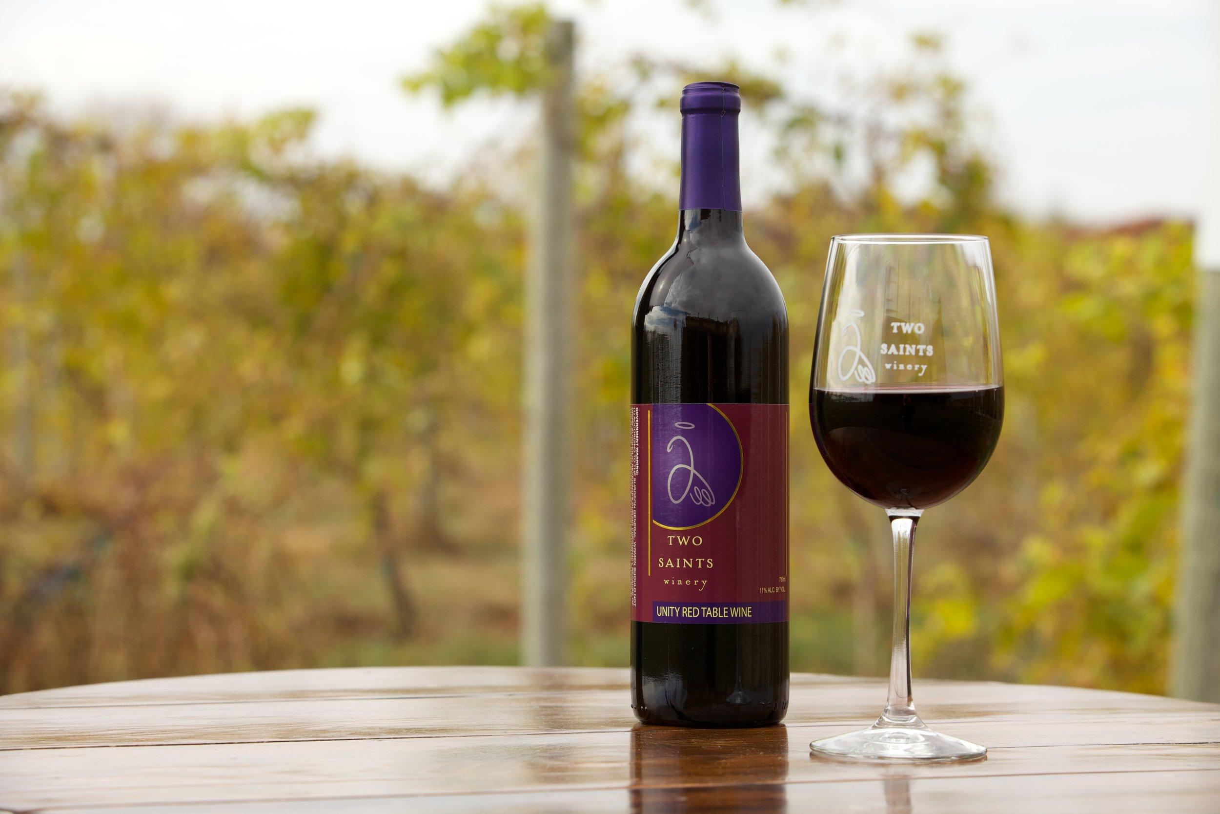 11o_2Saints_038_JPir (2)ia wine 014.jpg