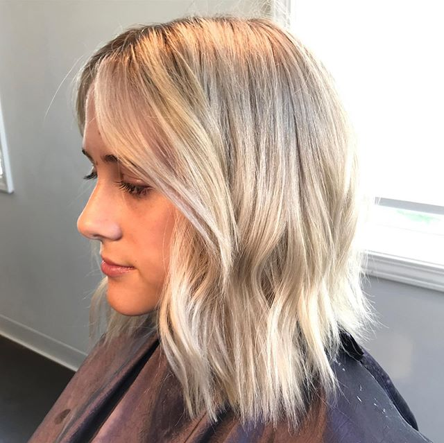 Summer BLONDE! Swipe to see the before... Beautiful work by Melissa at @moore_hairdesign Who is next?! #moorehairdesign