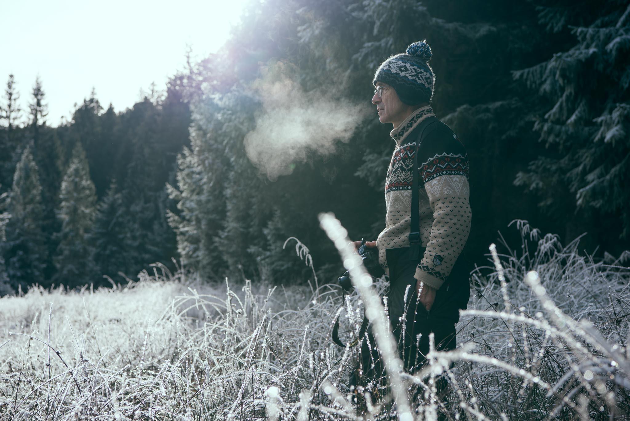 La nature - Je suis née dans les Vosges, au milieu des montagnes et depuis toute petite j'aime me ressourcer dans les grands espaces.Toujours partante pour un lever de soleil ou aller regarder la voie lactée !Cela influe sur ma façon de voir les choses au niveau packaging, je privilégie l'éco-friendly et les fichiers numériques!