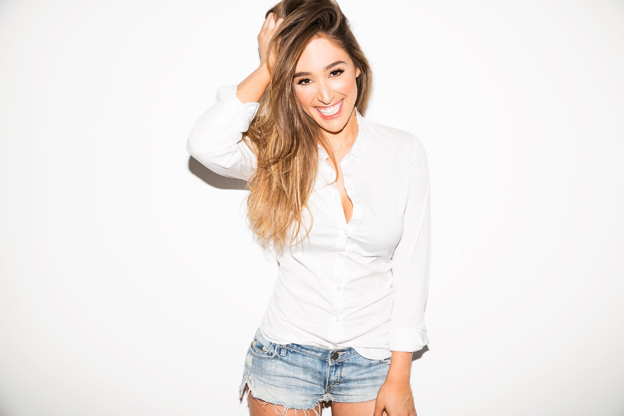 Danielle98364-0.jpg