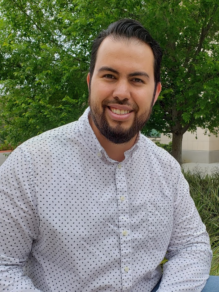 Jonathan Guevara Spanish Minister - Jonathan serves as our main preaching minister in the Spanish Language Service. He and his family recently joined our team. Jonathan grew up in Venezuela, and has recently been planting churches in Mexico.