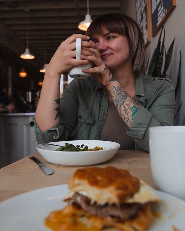⛽️This Week's Fuel Provided By: + Chai Lattes + @thegrangecommunitykitchen's sausage breakfast sandwich... no joke, it has been on my mind for months 🤤 + @theblackbirdsphotography's wit and laughter