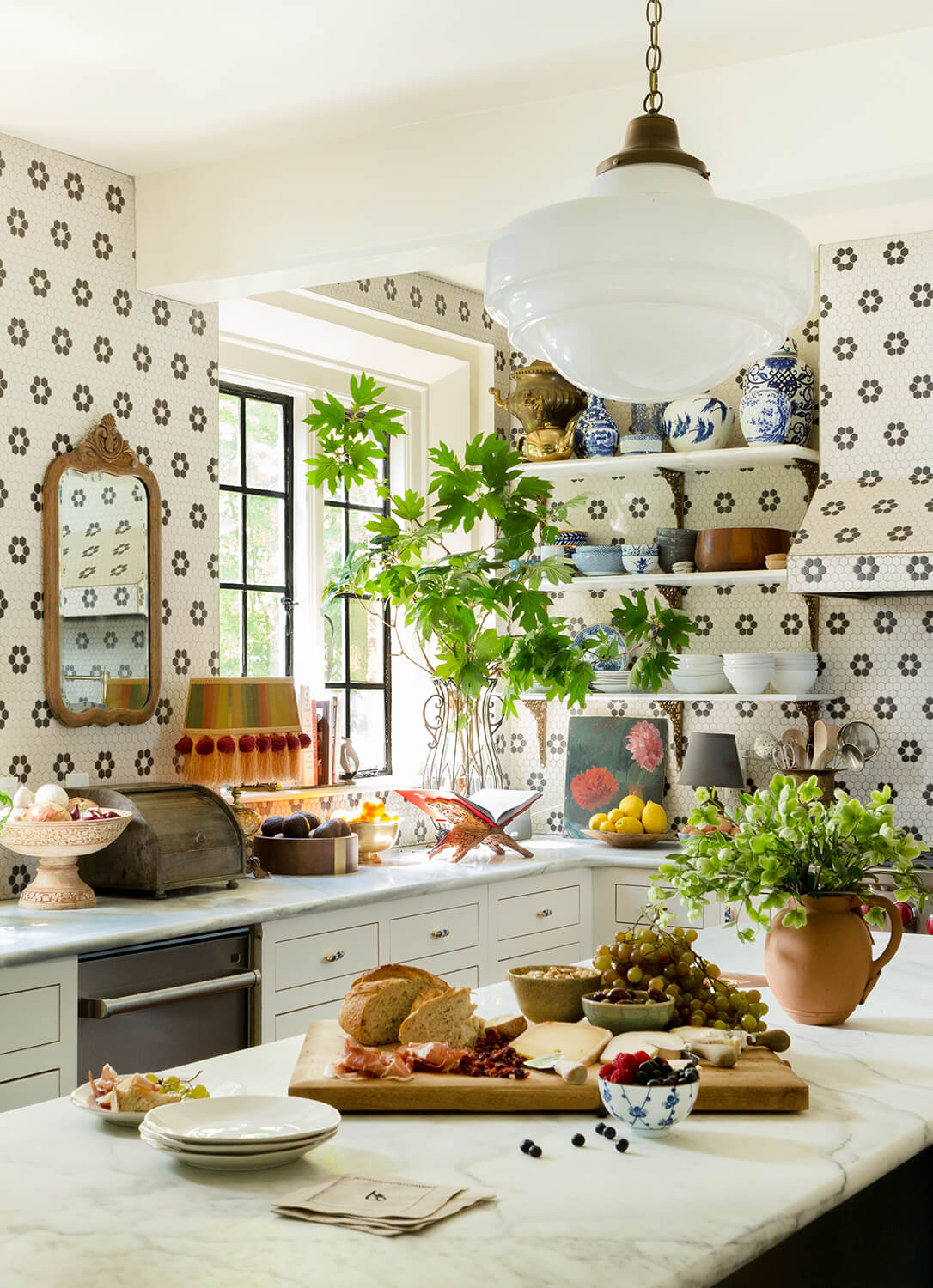 Anne White Interiors Blog | inspiration of the week: a playful family kitchen